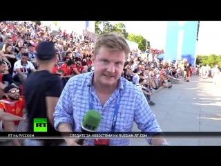 Чеканка и яхтинг: RT пообщался с болельщиками в преддверии матча Англия — Тунис в Волгограде