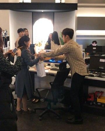"""Ha Yeon Soo on Instagram: """"이대표님 생신 축하드립니다. 🎂 김보라 찬스에강한강찬수 오세연"""