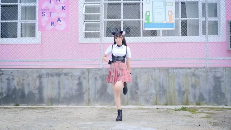 Танцует neko азиаточка) lolita, loli, hentai. teen, tiny, skinny. webcam, periscope, перископ, twice, korean, asian, blackpink
