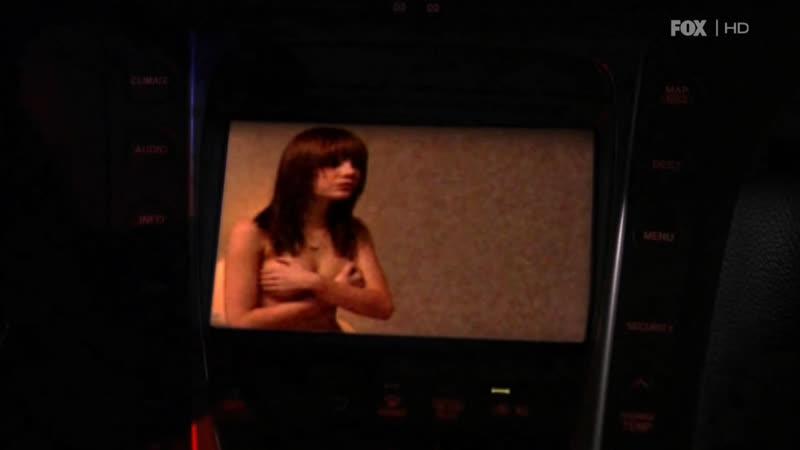 Эмма Стоун первая роль на экране Медиум s02e05 2005