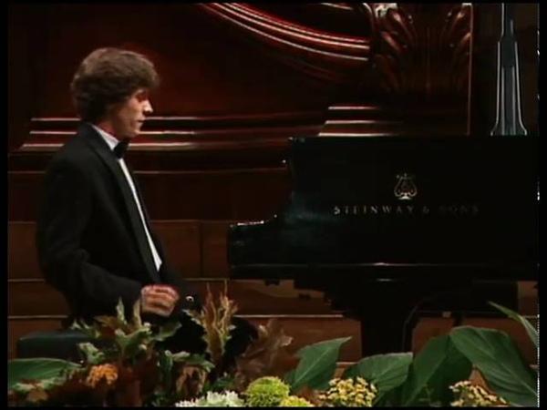 Rafal Blechacz - Chopin Waltzes, Op.64 N°1 to 3