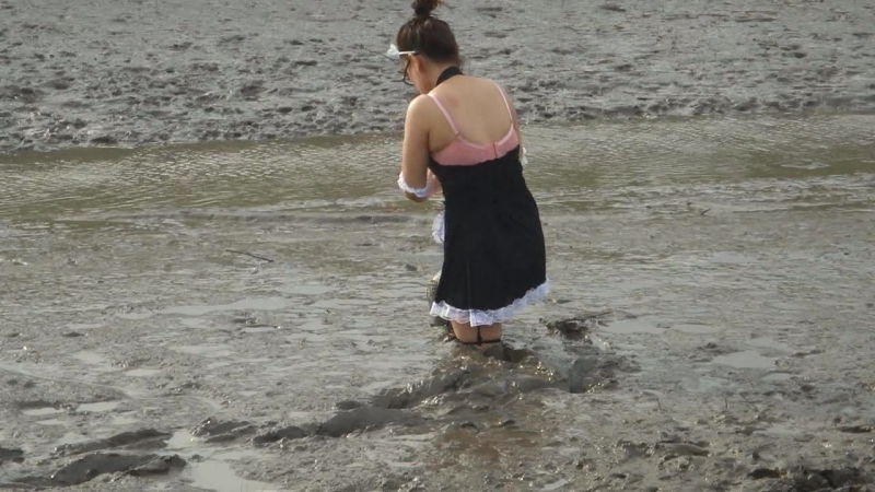 Chinese girl in mud last 1 for now