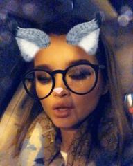 """Ксения Бородина on Instagram: """"Все уже заметили, что ретро Песни последнее время-это прям мое😭💆♀️😍 ностальгия 😝 слушаю, скучаю, понимаю как это вс..."""