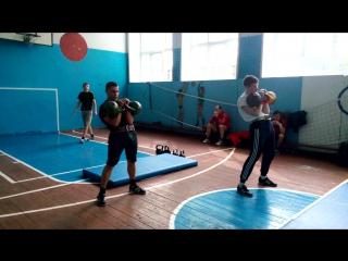 толчок гири Дмитрий Николаев 24кг 118+., дюков Андрей 16 кг 120+