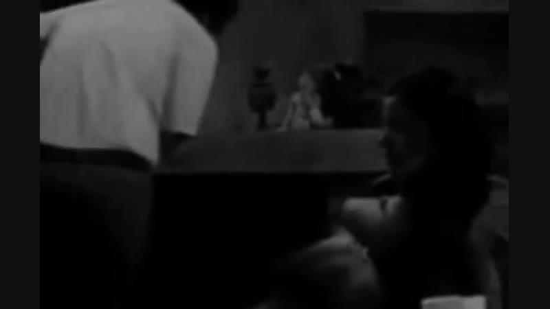 Пабло Эскобар сжёг 2 млн. долларов, чтобы согреть свою дочь