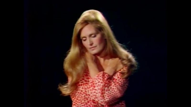 Dalida ♫ Tout au plus ♪ 1971 L'invitée du Dimanche Rushes en couleurs