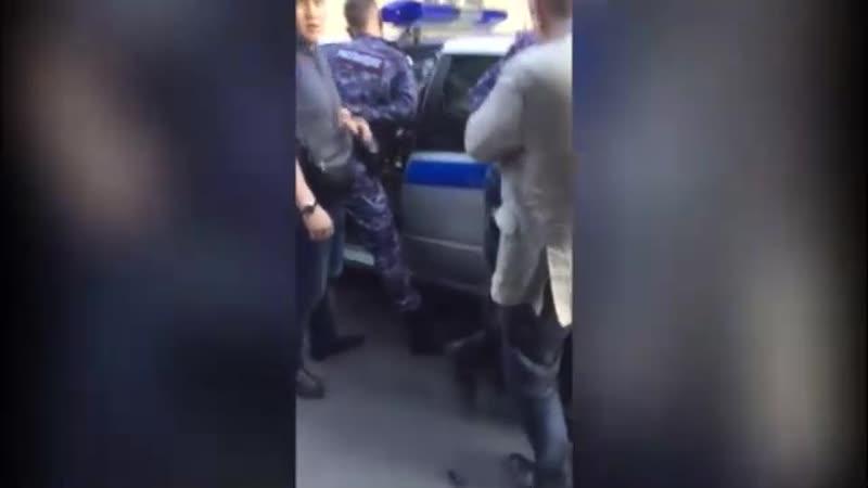 момент задержания сотрудников росгвардии в спб