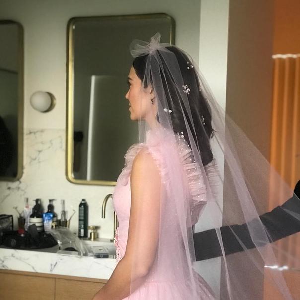 Мэнди Мур вышла замуж за музыканта Тейлора Голдсмита Звезда фильма Спеши любить, 33-летняя Мэнди Мур, и музыкант рок-группы Dawes Тейлор Голдсмит поженились. Торжественная церемония прошла