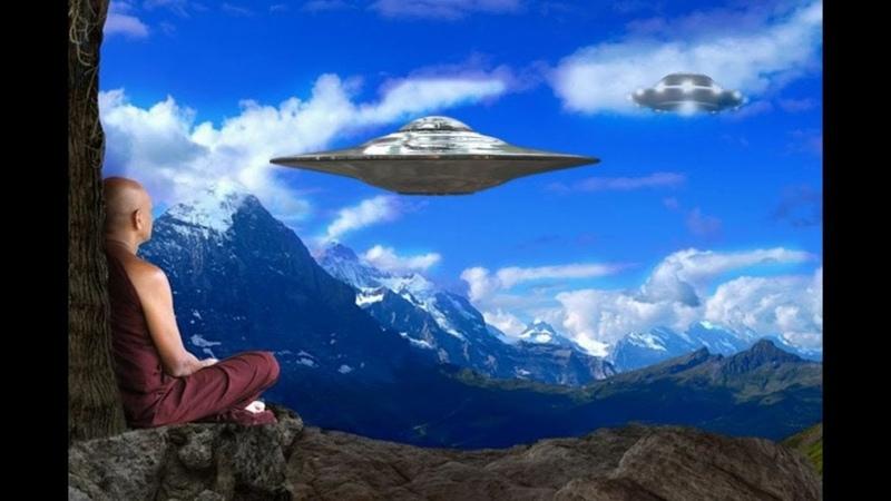 當「出家人碰上外星人」會發生什麼事? CC字幕版