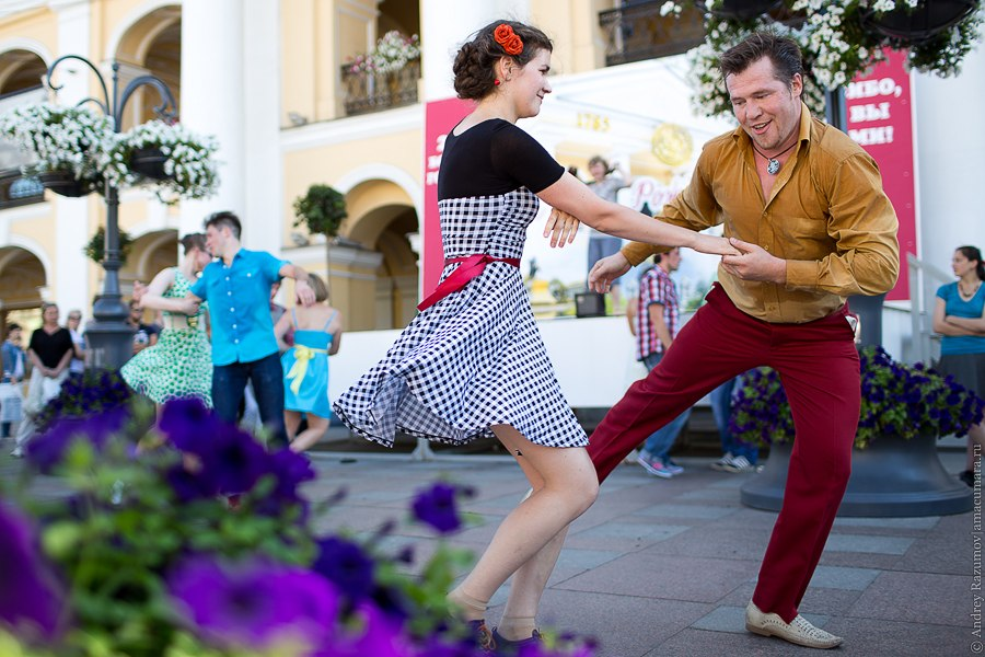 Танцующий Петербург