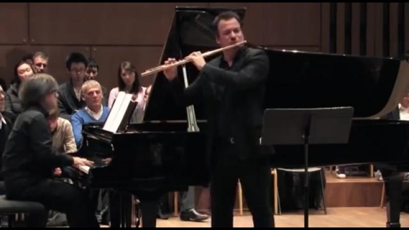 Tchaikovsky Парафраз на темы оперы Евгений Онегин - Emmanuel Pahud (flûte piano)