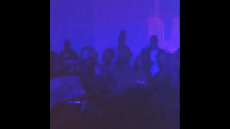 Рианна и Дрейк в клубе Supperclub Лос Анджелес 08 04 2014