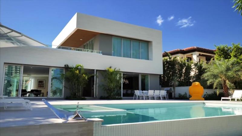 Безупречная современная резиденция в Майами, Флорида