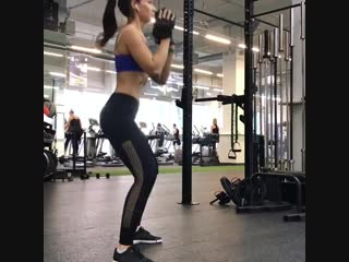 основные упражнения для тренировки ног дома