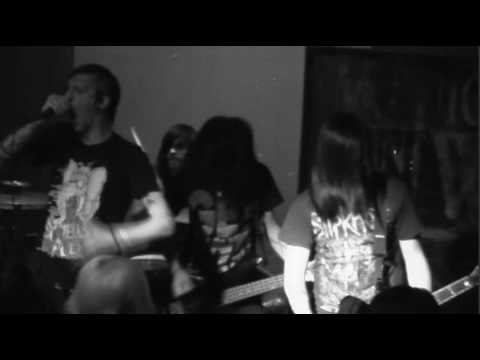 Motionless In White Live - Destroying Everything