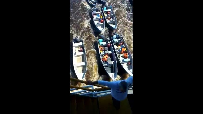 "Barco Hotel ""Kalypso"" para pescarias no Pantanal sul-mato-grossense"