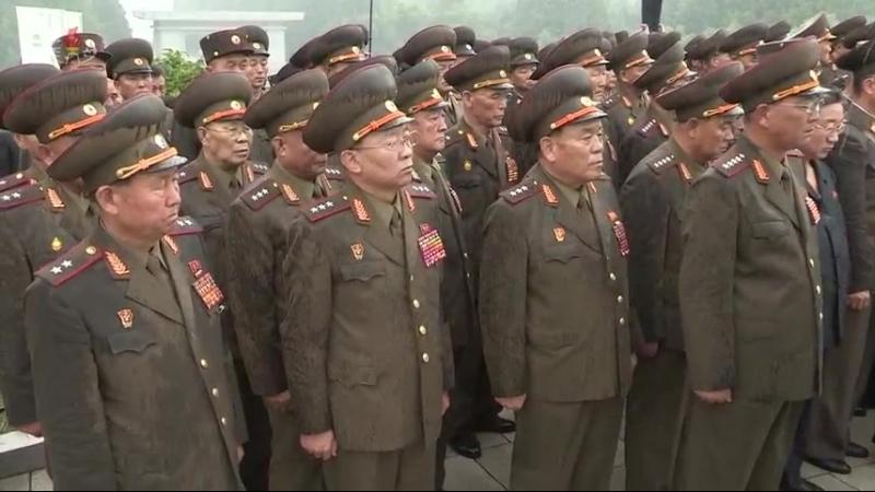 고 김영춘동지의 장의식 거행 우리 당과 국가, 군대의 최고령도자 김정은동지께서 영결식에 참가하시였다