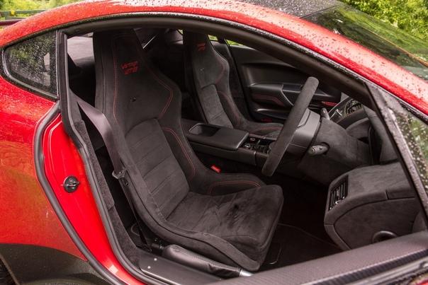 Очень редкие : Aston Martin Vantage GT8 Двигатель: 4.7 V8 AtmoМощность: 446 л.с. при 7300 об/мин Крутящий момент: 490 Нм при 5000 об/мин Трансмиссия: Механика 6 ступ. / Автомат 7 ступ.Макс.
