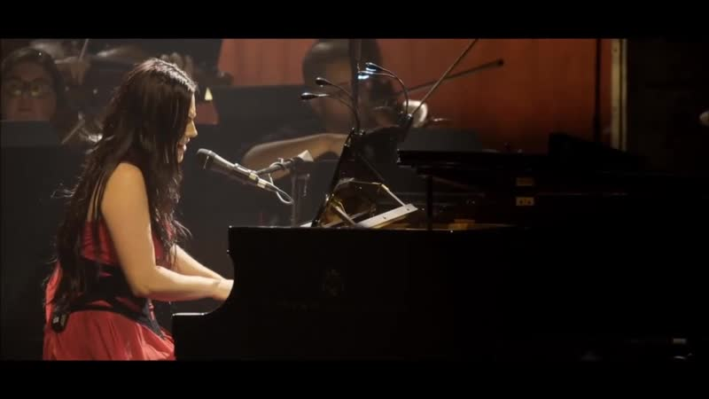 Evanescence - Good enough (Synthesis live dvd)