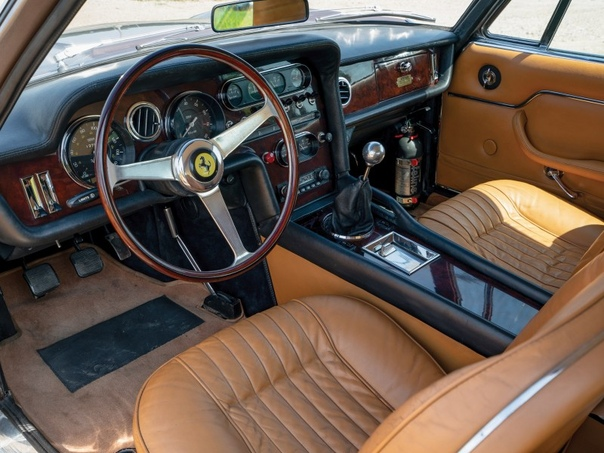 Серия фото автомобиля Ferrari 330 GT Shooting Brae