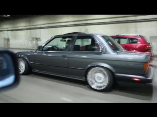 BMW E30 на пневме и с мотором LS1 | BMW Stanced E30 LS1 Swap