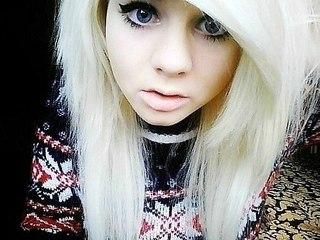 фото челкастых девочек блондинок