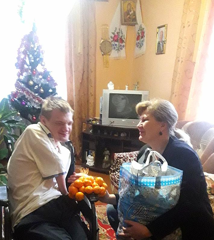 Нам удалось поздравить с Рождеством Христовым ещё одного подопечного нашего фонда!