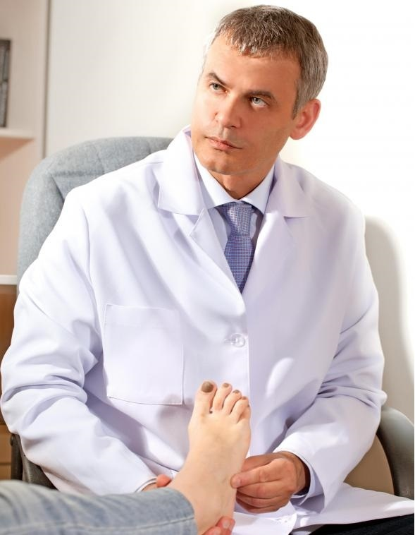 Стельки могут назначаться ортопедом для обеспечения правильного выравнивания тела.