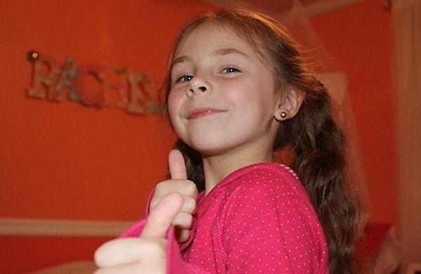 Добрая девочка сумела спасти детей и вдохновить людей на добрые поступки