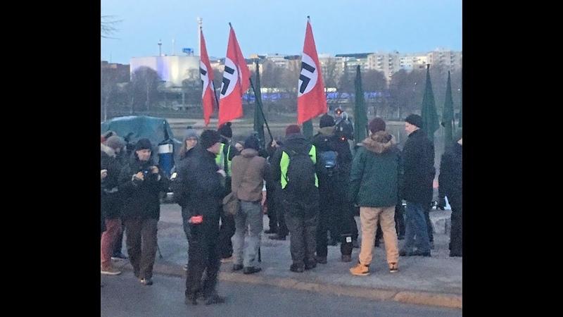 Фашистская свастика на самолётах, танках и знамёнах финской армии во Второй мировой войне Does Finland need its Swastikas