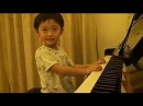 Sempre os Asiáticos! PQP - Menino de 5 anos mandando ver, no piano...