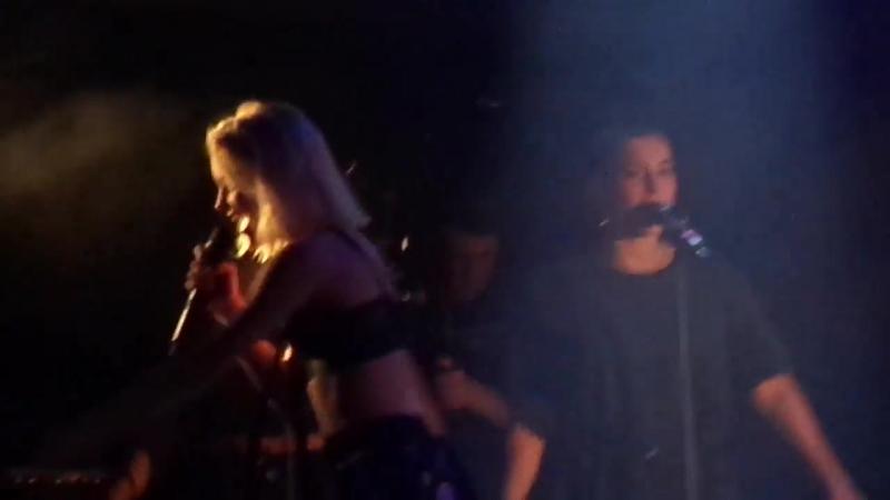 Zara Larsson - Never Forget You ⁄ Sundown (Live in Rio de Janeiro)