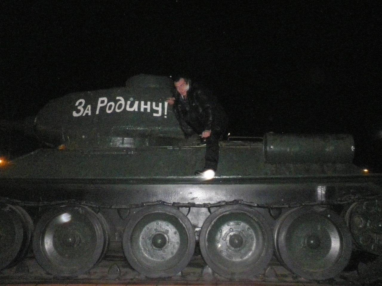 Демон Перов, Красноярск - фото №9