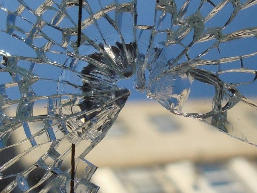 30-летний таганрожец кидал камни в окна проходящих на «Михайловка» электричек