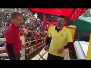 """Drunk at the Oktoberfest: """"I can do this!"""""""