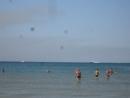 Амфибия гидросамолёт Сделал больше 10 кругов над нашим пляжем забирал воду из моря чтобы потушить горящее поле камыша