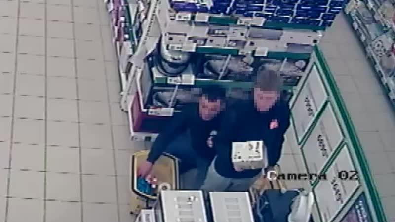 Двое ивановцев с рюкзаком обворовали гипермаркет