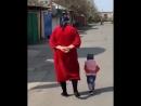 Ребенок копирует бабушку IRTube