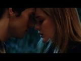 Veronica Sawyer AND J D Heathers KISS SCENE Heathers , Grace Victoria Cox AND James Scully