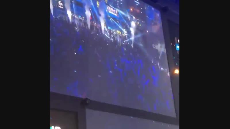 Момент победы на EPL S8 LAN Finals 2