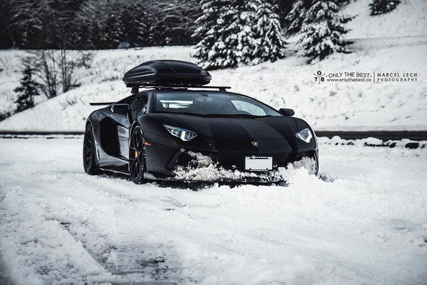 Lamborghini Aventador LP-700-4 Winter Wonderland #CarsGirls
