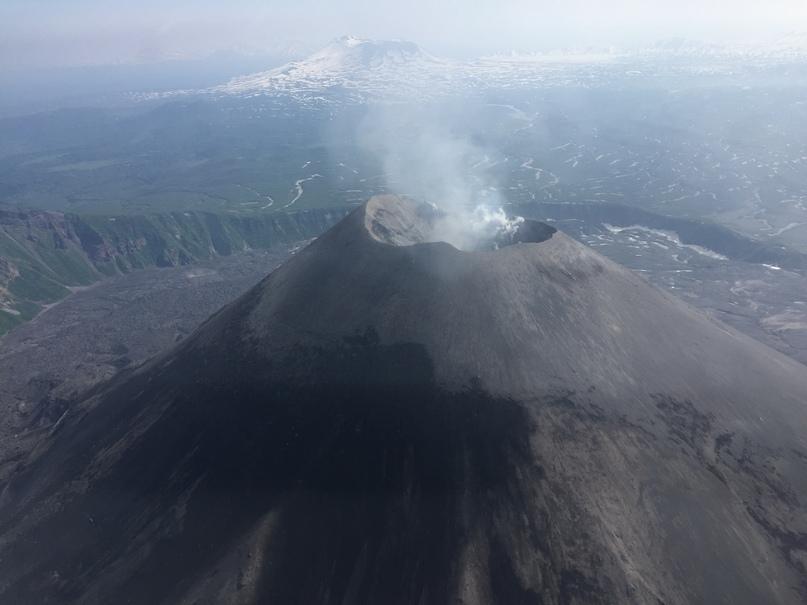 Вертолетная экскурсия. Карымский вулкан