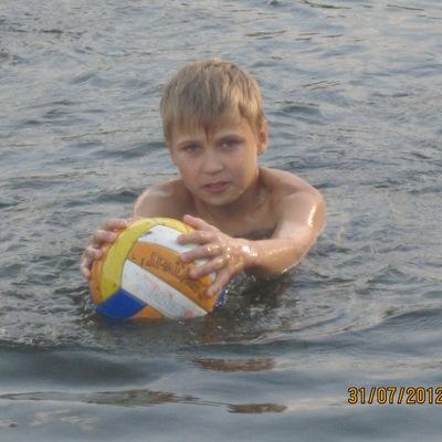 Егор Пакулев, 19 июля 1999, Киев, id121424738