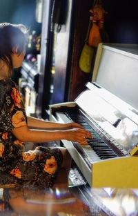 Игра в пианино