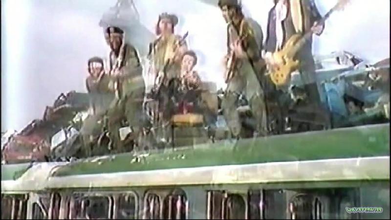 2. Alice Cooper - Alice Cooper A Paris (French TV 1982) - Under My Wheels