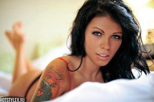 красивые аватарки девушки брюнетки: hotstylex.ru/stilnye-foto/stilnye-krasivye-devushki/2535-krasivye...