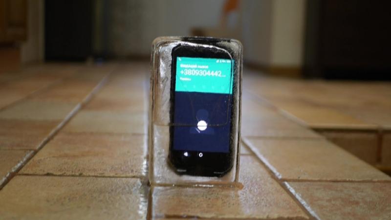 Защищенный военный смартфон AGM X2 тест в морозилке