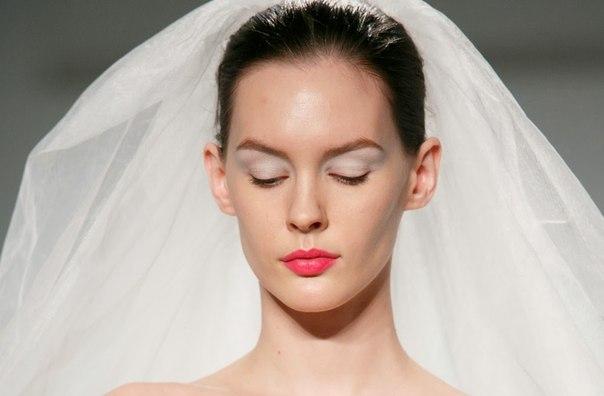 Перманентный макияж бровей для овального лица