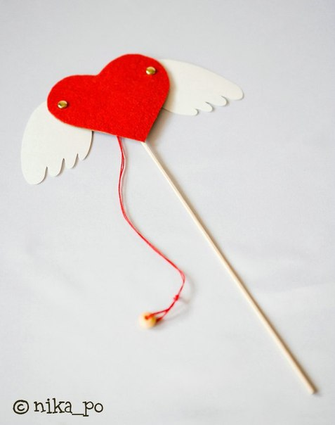 Валентинка с двигающимися крылышками