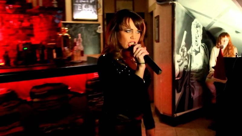 Певица Ольга Волконская {Горгона} в клубе на вечеринке ЖОПА 19 января 2014 года